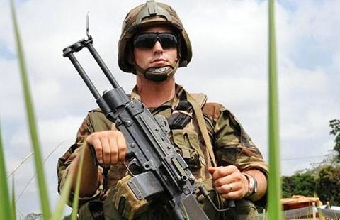 13 binh sĩ Pháp bị nghi hiếp dâm trẻ em  - ảnh 1