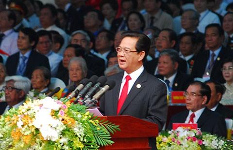 Thủ tướng Nguyễn Tấn Dũng: Vượt lên khác biệt, chân thành hòa hợp dân tộc - ảnh 1