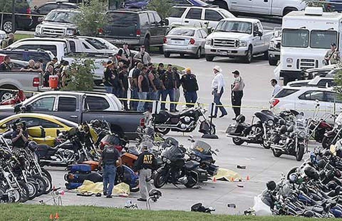 Các băng nhóm ở bang Texas đấu súng như phim  - ảnh 1