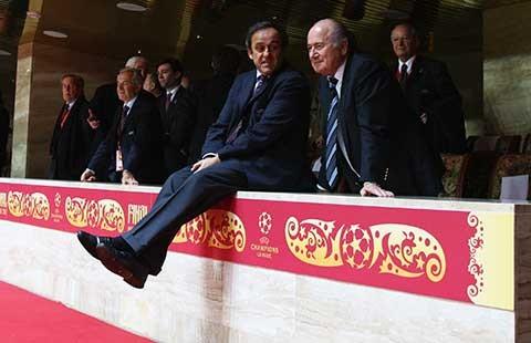 Cả châu Âu gây sức ép lên chủ tịch FIFA - ảnh 1