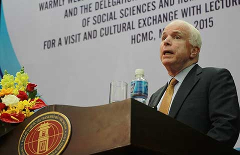 TNS Mỹ John McCain: TQ vi phạm hoàn toàn luật pháp quốc tế  - ảnh 1