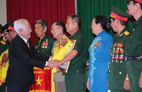 TP.HCM: Bốn tập thể, bảy cá nhân được trao tặng danh hiệu Anh hùng LLVTND - ảnh 1