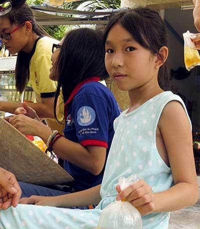 Lòng người Sài Gòn với các sĩ tử - ảnh 5