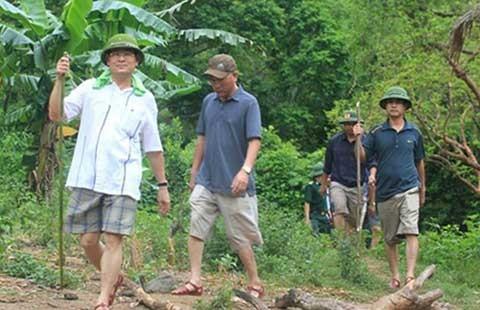 Vụ sát hại 4 người ở Nghệ An: Vẫn chưa xác định được nghi can - ảnh 1