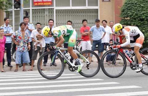 Giải đua xe đạp nữ quốc tế Cúp TH An Giang: Nguyễn Thị Thật lập cú đúp - ảnh 1