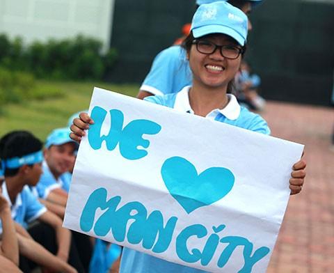 Việt Nam - Manchester City: Bầu Hiển ghi bàn - ảnh 2