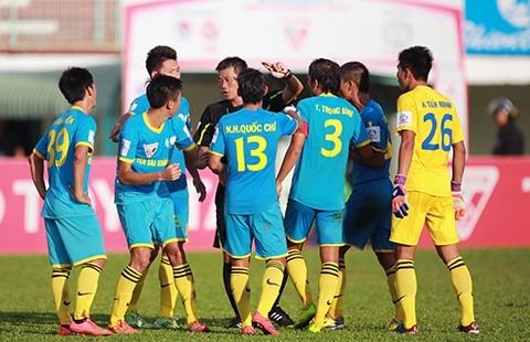 V-League 2015: B. Bình Dương xây chắc ngôi đầu - ảnh 1