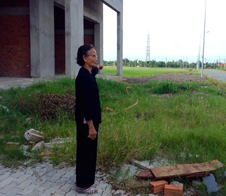 Khốn khổ vì sống chung với bãi rác ô nhiễm - ảnh 2