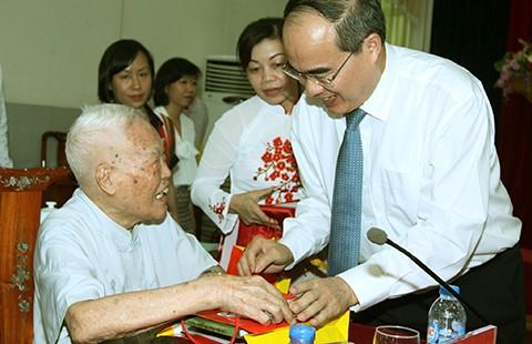 Lễ kỷ niệm 70 năm Cách mạng Tháng Tám và Quốc khánh 2-9 - ảnh 1