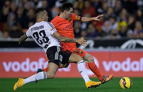 Hậu vệ xuất sắc nhất La Liga về với Man. City  - ảnh 1