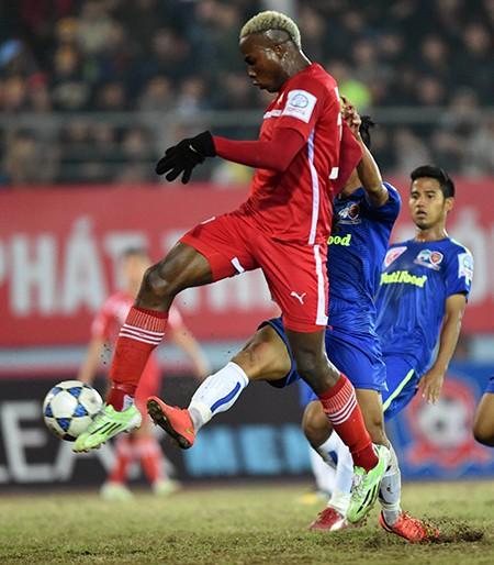 Vòng 23 V-League 2015: 90 phút cho cả mùa - ảnh 1