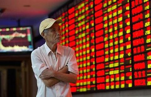 Chứng khoán Trung Quốc vẫn 'nguy kịch' - ảnh 1