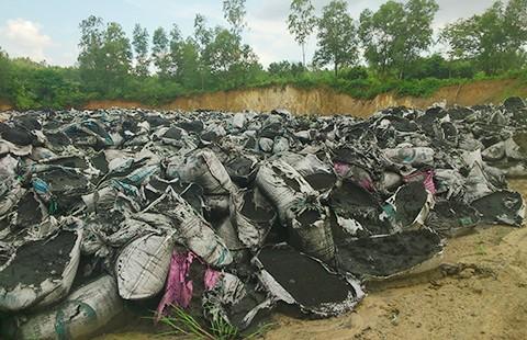 Xưởng tái chế nhựa gần trường học - ảnh 2