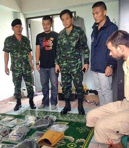 Vụ đánh bom Bangkok: Hơn 100 cảnh sát vây bắt nghi can  - ảnh 1