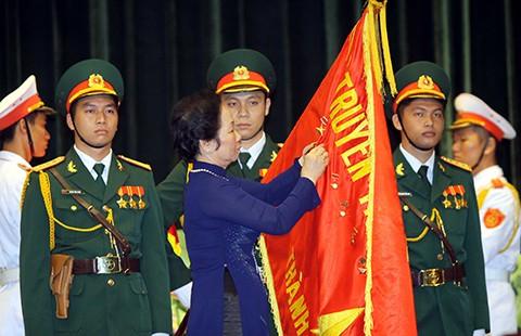 TP.HCM đón nhận huân chương Hồ Chí Minh - ảnh 1
