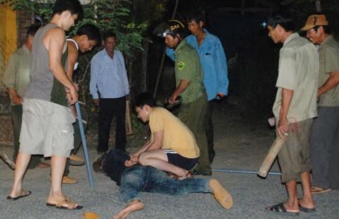 Cả làng trị trộm chó bằng dây, gậy, mõ - ảnh 1