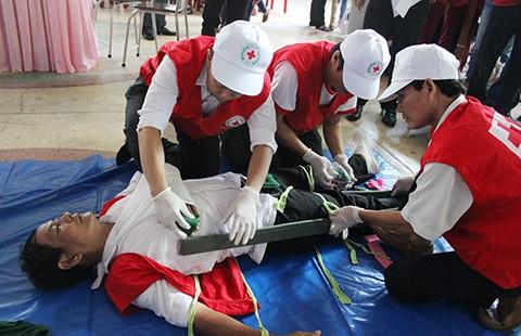 TP.HCM: Hàng trăm người tham gia tập huấn sơ cấp cứu - ảnh 1