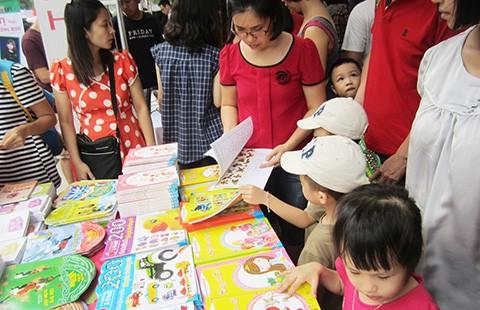 Chọn sách nào cho trẻ con? - ảnh 1