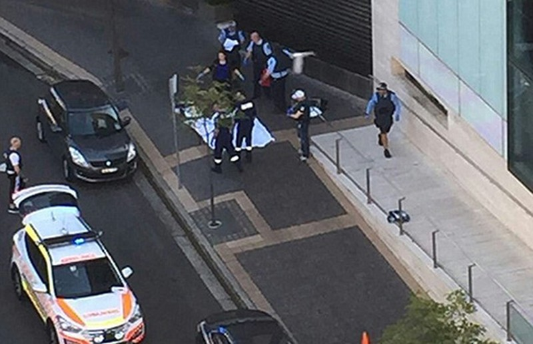 Súng nổ giữa trung tâm Sydney - ảnh 1