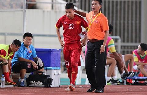 Vòng loại U-19 châu Á: HLV Hoàng Anh Tuấn nổi cáu - ảnh 1