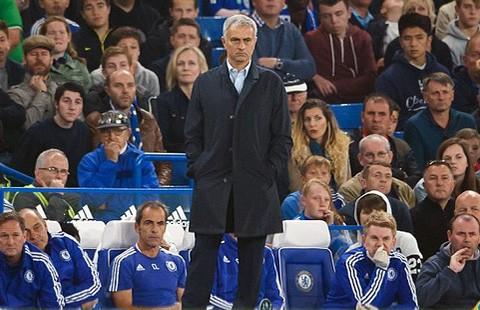 Kiên nhẫn với Mourinho đến bao giờ? - ảnh 2