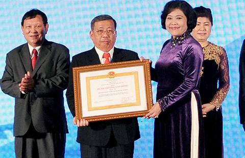 Tôn vinh doanh nhân - doanh nghiệp KCN TP.HCM - ảnh 1