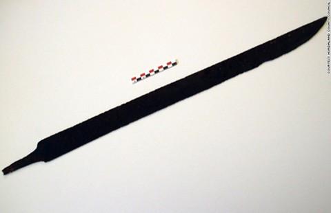 Phát hiện gươm báu Viking 1.200 tuổi  - ảnh 1