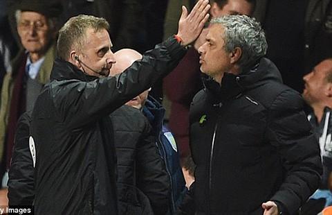 Chelsea thua West Ham (1-2): Sa thải Mourinho… - ảnh 1