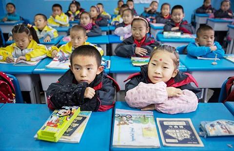 Bỏ chính sách một con, Trung Quốc chưa hết lo - ảnh 2