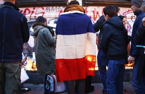IS dọa sẽ còn khủng bố Paris  - ảnh 3