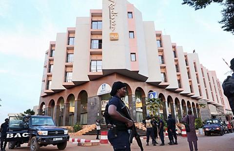 Bắt cóc con tin ở Mali: 19 con tin thiệt mạng, 17 người bị thương - ảnh 1