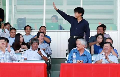 VFF và HLV Miura: Loại HLV Miura để lấy tài trợ đậm? - ảnh 1