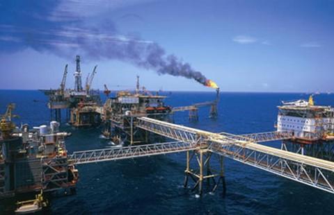 Đưa vào khai thác giàn khoan 6.000 tấn dầu/ngày - ảnh 1