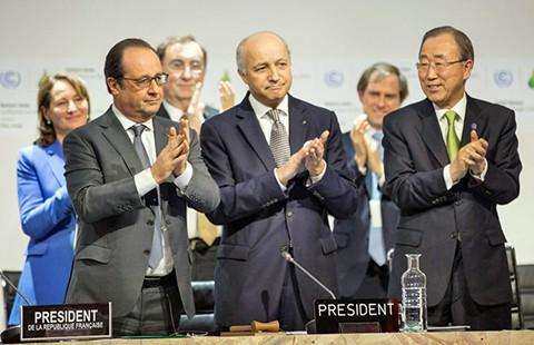 COP21 thông qua thỏa thuận lịch sử - ảnh 1