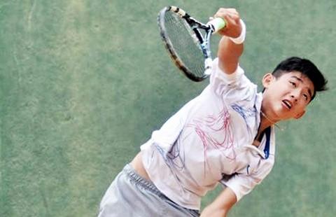 Giải quần vợt các tay vợt xuất sắc 2015: 14 tuổi hạ cựu tuyển thủ QG - ảnh 1