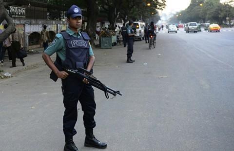 Đánh bom tự sát tại Bangladesh - ảnh 1