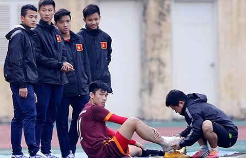 Đội tuyển U-23 Việt Nam: Thiếu trước hụt sau - ảnh 2