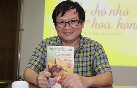 Nhà văn Nguyễn Nhật Ánh muốn xã hội bớt đau - ảnh 1
