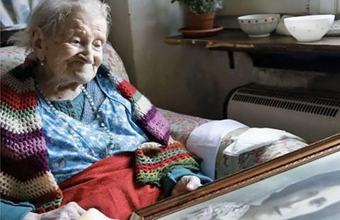 Sống hơn trăm tuổi nhờ dám… bỏ chồng  - ảnh 1
