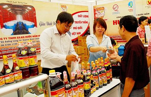 Vì sao giá trị thương hiệu Việt mất 32 tỉ USD? - ảnh 1
