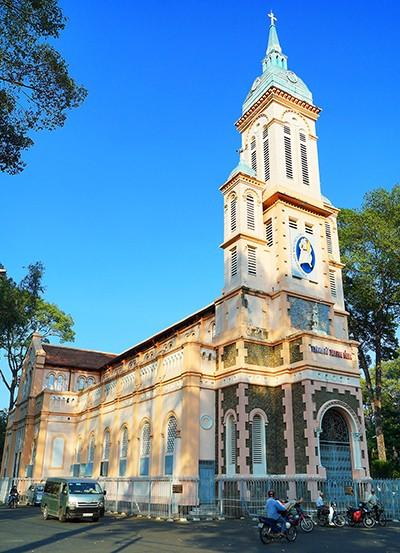 Nhà thờ cổ Sài Gòn - Bài 4: Ngôi nhà thờ nằm trên 'đất vàng' - ảnh 2