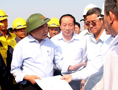 Phó chủ nhiệm UB Kinh tế Nguyễn Văn Phúc nói về tân Thủ tướng Nguyễn Xuân Phúc  - ảnh 1