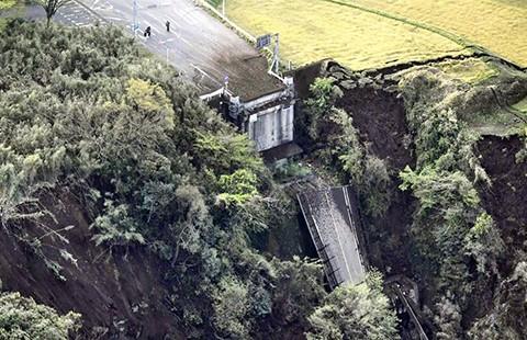 Mỹ đề nghị giúp đỡ Nhật trong động đất  - ảnh 1