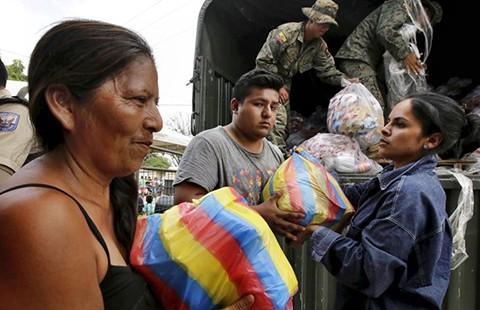 Động đất Ecuador đã làm 602 người chết, 130 người mất tích - ảnh 1