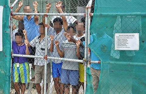 Úc và Áo tiếp tục đối xử cứng rắn với người di cư - ảnh 1