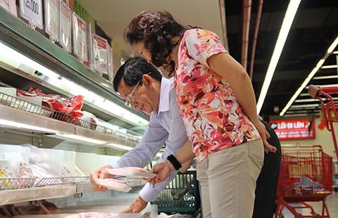 Thị trường bán lẻ Việt Nam: DN nội không thể mãi trông cậy hàng rào kỹ thuật   - ảnh 1