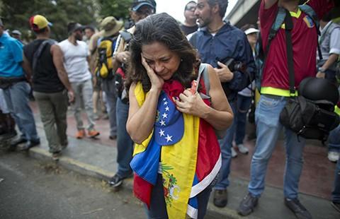 Chính phủ Venezuela trước nguy cơ sụp đổ? - ảnh 1