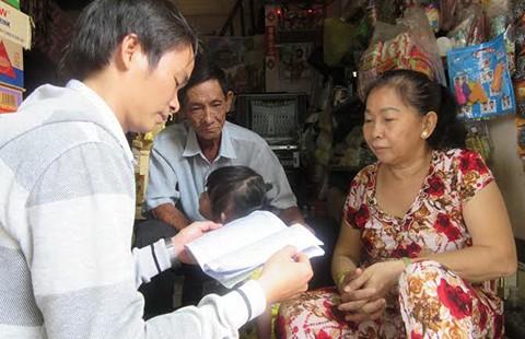 Giúp gia đình lớn để cứu trẻ nhỏ - ảnh 1