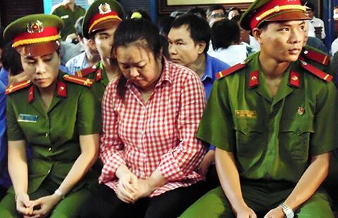 Bị cáo người Việt gốc ngoại, có cần phiên dịch? - ảnh 1