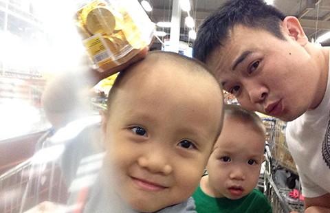Ngày gia đình Việt Nam: Đàn ông ở phố chăm con - ảnh 1